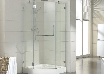 Neo-angle frameless shower enclosure