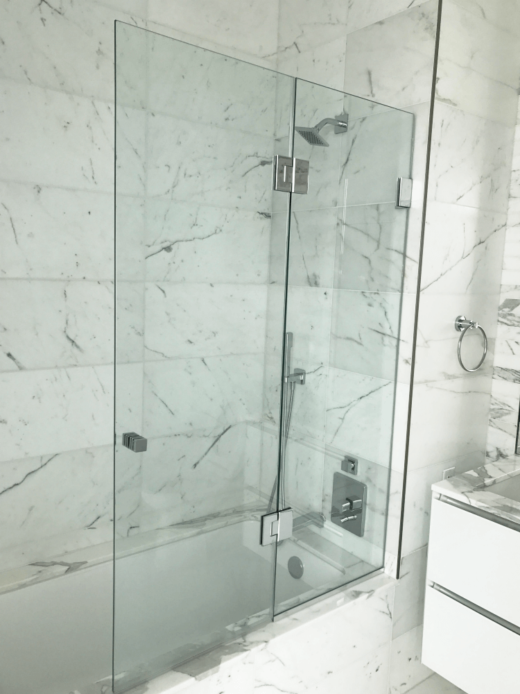 Frameless Glass Bathtub Doors – Redefining Your Bathtub Space ...