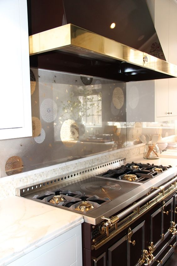Tempered Glass Kitchen Backsplash Give Your Kitchen A Refreshing