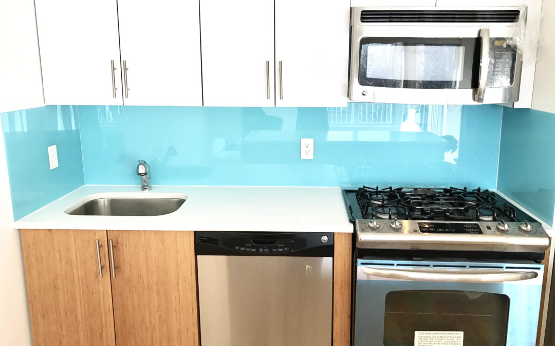 Beautiful Tempered Glass Kitchen Backsplash U2013 Give Your Kitchen A Refreshing Look